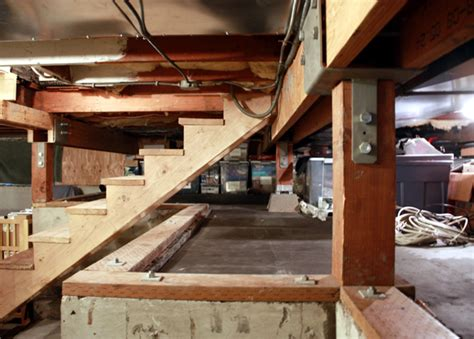 what is a crawl space basement how to turn a crawl space into a basement chezerbey