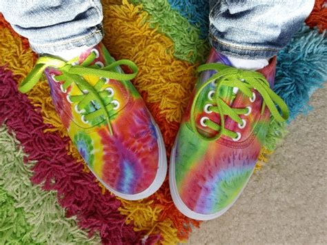 sharpie tie dye shoes thewhoot