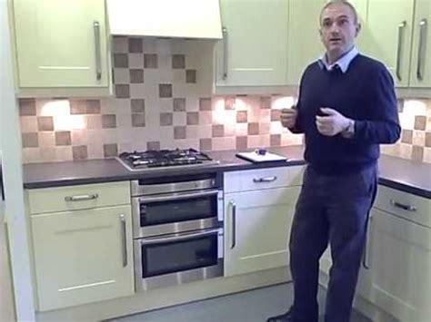 kitchen cabinet pelmet how to replace kitchen doors measuring cornice pelmet