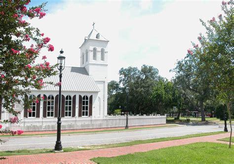 church at florida pensacola bay
