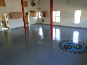 Epoxy Vinylic Vs - epoxy vs vinyl flooring black coatings concrete