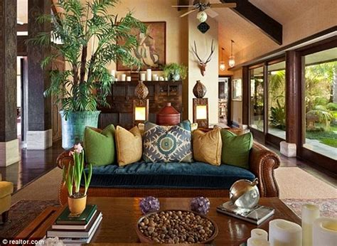Home Plans With Master On Main Floor by Cheryl Tiegs Puts Her Balinese Inspired Bel Air Mansion On