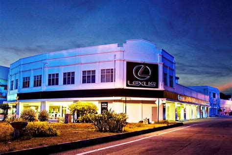 lexus dealership 301 moved permanently