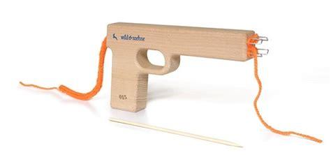 kleine sachen aus holz selber bauen strickwaffe soehne freshdads v 228 ter helden