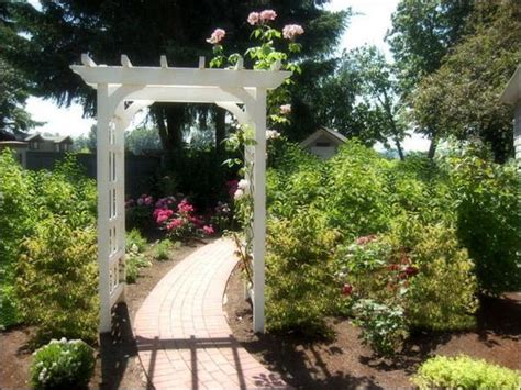 Garden Arch Ideas 15 Beautiful Wooden Arches Creating Garden Design