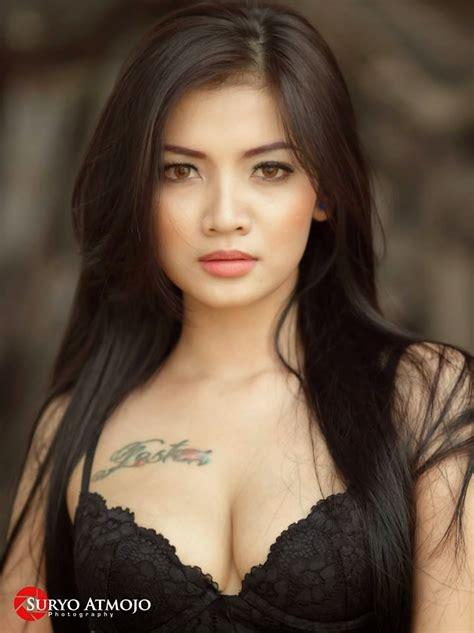 look celebrity indonesia 2 indonesian girl social media hot pics update 18