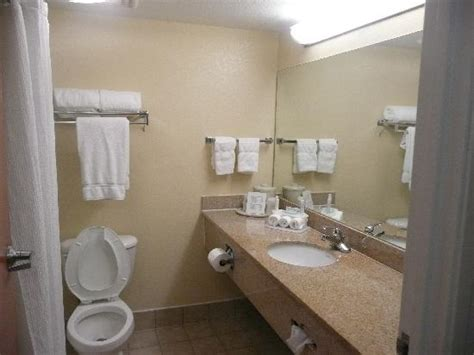 bathrooms com reviews bathroom picture of comfort inn suites airport