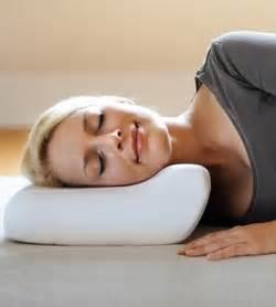 cuscino cervicale funziona cuscini ortopedici per cervicale platecolorado