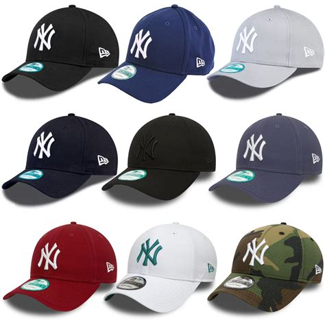 New York Cap by New Era 9forty New York Yankees Adjustable Baseball Cap