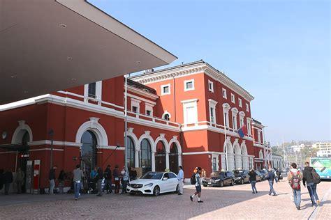 a lugano lugano railway station