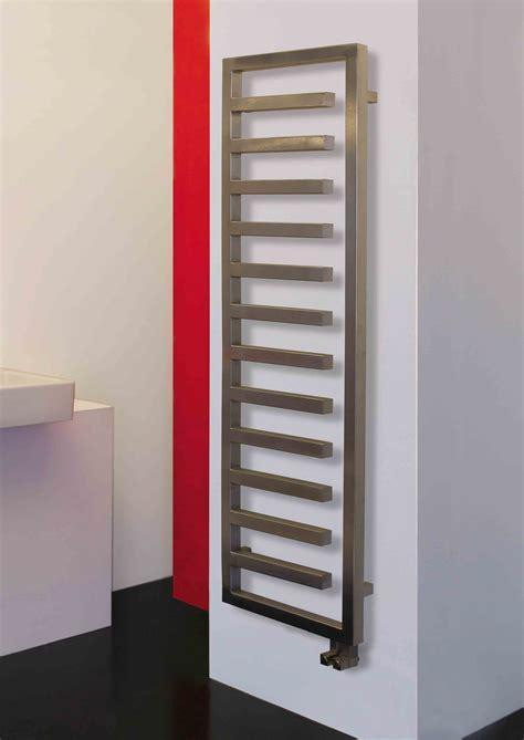 seche serviette a eau chaude 2556 eloy radiateur s 232 che serviettes inox p1911