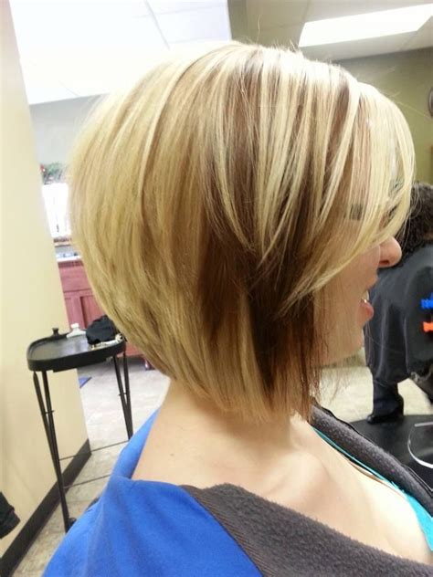 dirty blonde bob hairstyle with peek a boo highlights 17 best images about omg hair on pinterest oval faces