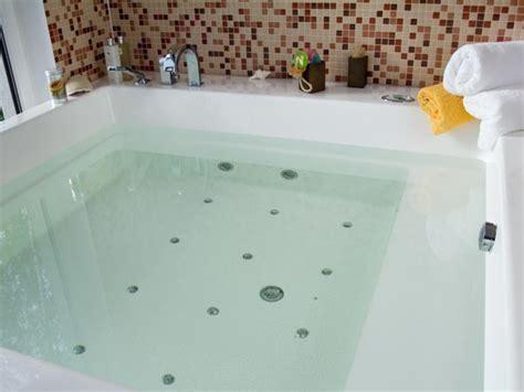 tips for cleaning bathtub 7 tips to a clean bathtub boldsky com