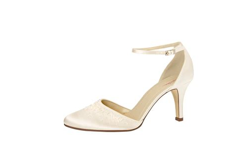 Schuhe Satin Ivory by Ivory Brautschuh Quot Delina Quot Satin Ivory Auslaufmodell B