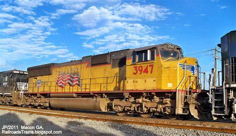 Lu Rr railroad freight locomotive engine emd ge boxcar bnsf csx fec norfolk southern up cn cp