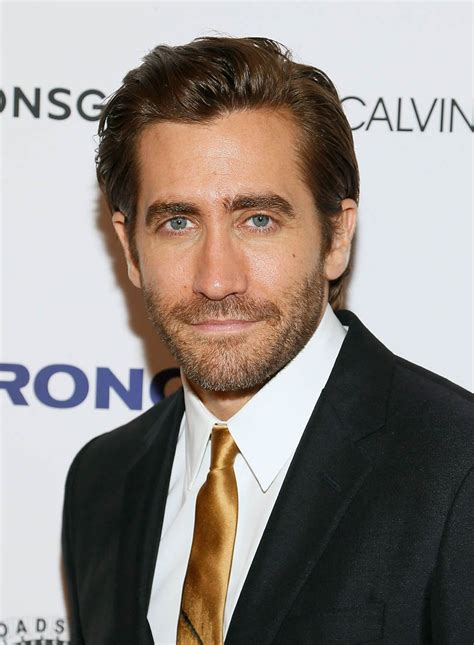 jake gyllenhaal and tatiana maslany in stronger movie review