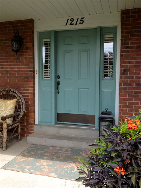 front door colors with red brick for the home on pinterest shower inserts front door