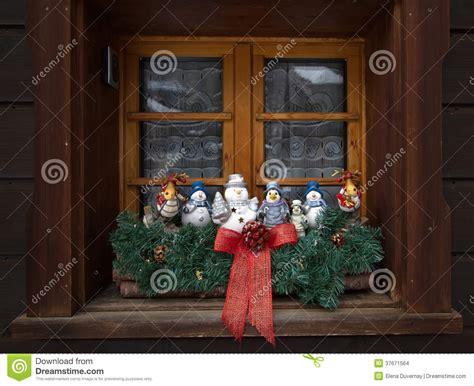 Weihnachtsdeko Fenster Mit Timer by Weihnachtsdekoration Am Fenster Stockbilder Bild 37671564
