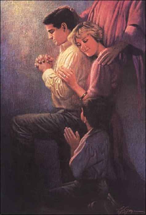 imagenes esposos orando revista comunion
