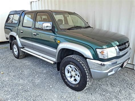 sales of toyota toyota hilux sr5 2004 green used vehicle sales