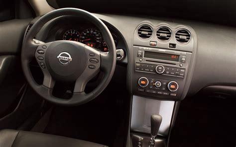 nissan altima interior 2009 2007 nissan altima hybrid first look motor trend