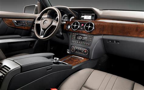 Mercedes Suv Interior Photos by 2013 Mercedes Glk250 Bluetec Drive Motor Trend
