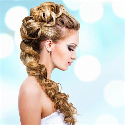 Brautfrisuren Kurze Haare Locken by Brautfrisuren Mittellanges Haar Locken Moderne Frisuren