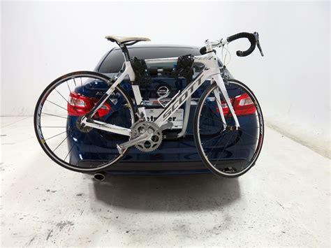 Bike Rack For Altima by Nissan Altima Thule Gateway Xt 2 Bike Rack Trunk Mount