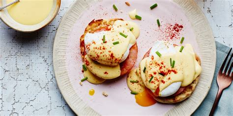 Classic Eggs Benedict Two Ways Beginner And Expert by Classic Eggs Benedict With Blender Hollandaise Recipe