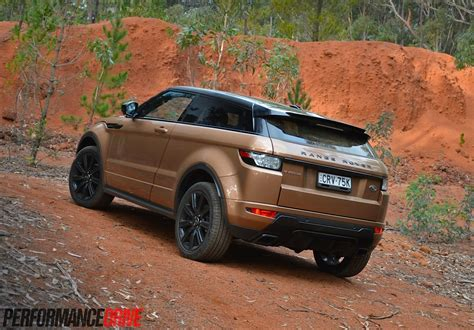 range rover evoque back 2014 range rover evoque si4 review video performancedrive