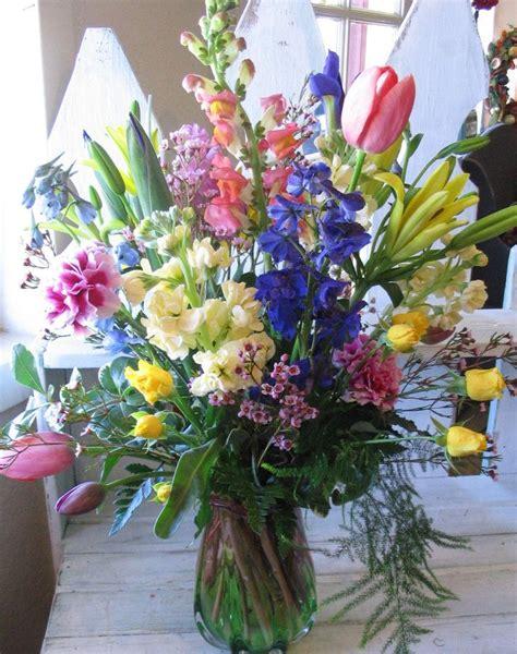 Bunga Dinding Tulip Spray image from http www alegoo images06 holidays 01 011 flower arrangements 14