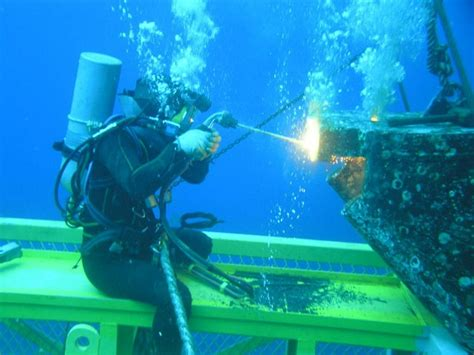 underwater welder underwater welding cdiver