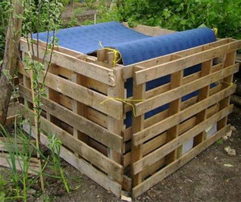 la lada di wood pallet garbage storage box pallets designs