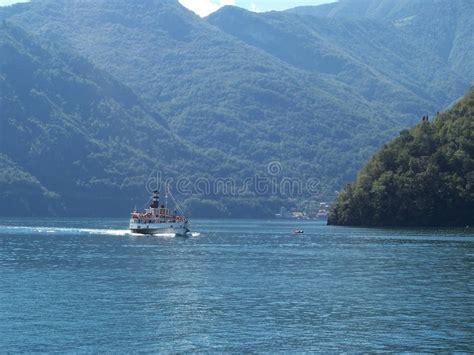 dream boat free celebrity dream boat trip como stock image image of