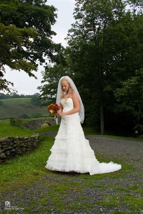 amber s blue ridge parkway bridal photos by pixels on