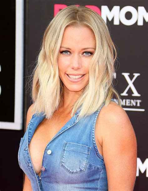 Api C 14 kendra wilkinson baskett posts nsfw instagram rant during