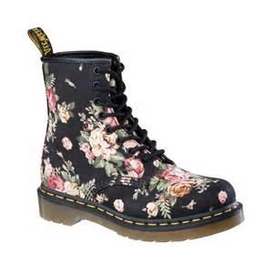 Kenneth Cole Duvet Womens Dr Martens 8 Eye Flower Boot Black Flower