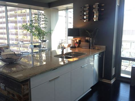 Cabinet Refacing Chicago by Cabinet Refacing Chicago S Leading Cabinet Refacing