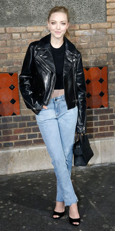 amanda seyfried in jeans look of the day look of the day pinterest amanda