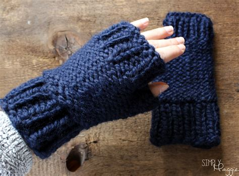 chunky knit fingerless gloves pattern chunky fingerless mittens pattern simplymaggie