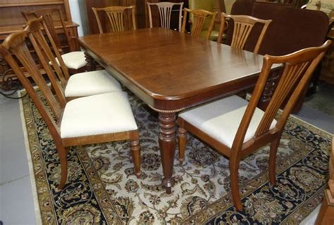 pennsylvania house dining table with 8 chairs