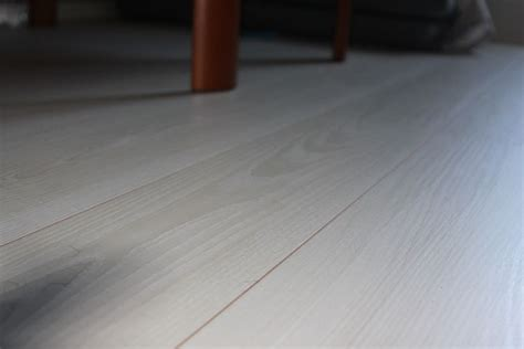 Best Underlayment For Laminate Flooring On Concrete Here S What Underlayment Worked Best For Our Laminate Floor Tips Basics Cozy Living