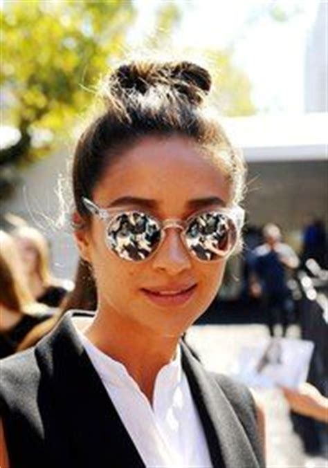 Quay Australia Every Thing Sunglasses buy shay mitchell and rumer willis clear sunglasses here