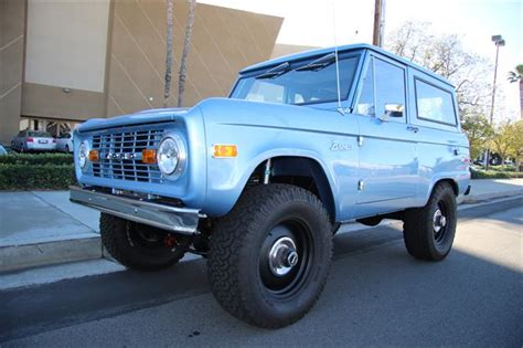 Ready Custom Ford Bronco Biru Blue Wheels Hw Hotwheels 1976 classic ford bronco w350hp 351