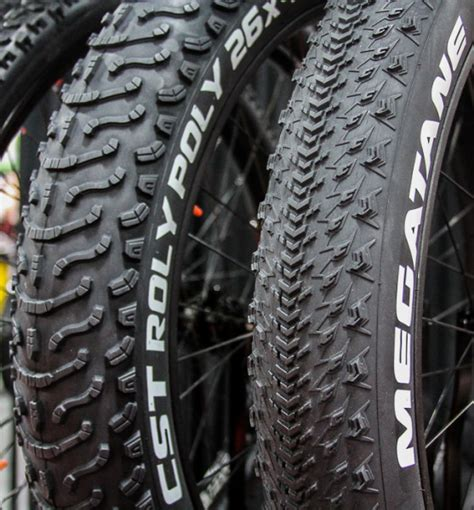 Ban Luar Cst B Fast 27 5 X 1 95 ib15 rubber up maxxis fattens up with plus size