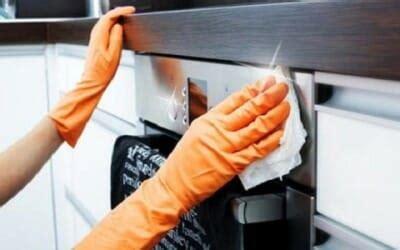 Pulire Il Forno Con Aceto E Bicarbonato by Come Pulire Il Forno Senza Detersivi Tanti Consigli Per
