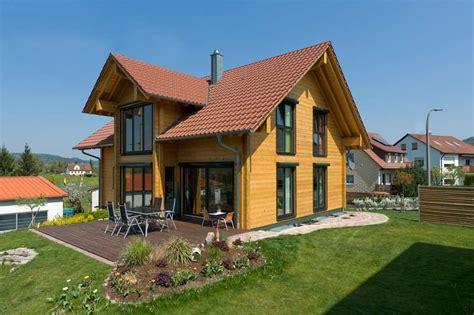 Holz Und Stein Haus Pläne by Das Holzhaus Eine Bauweise Voll Im Trend Www