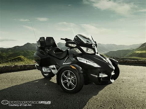 Spyder Motorrad by 2010 Can Am Spyder Rt First Look Photos Motorcycle Usa