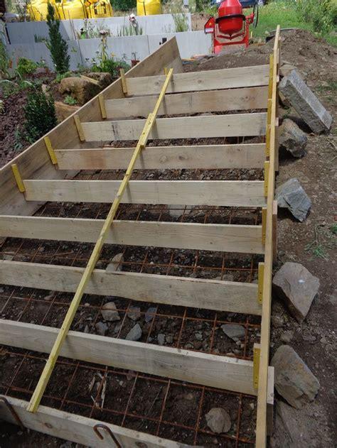 coffrage escalier beton exterieur 2508 les 25 meilleures id 233 es concernant coffrage escalier beton