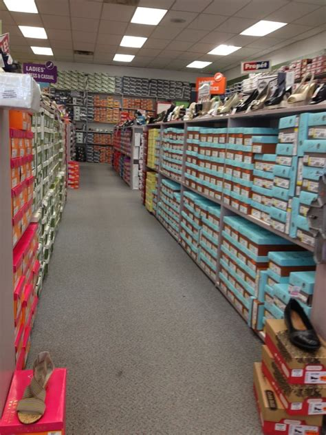 marty s shoes outlet store shoe stores 450 hackensack